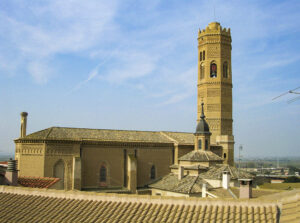 Conjunto de Torre e Iglesia de Santa Mª de Tauste